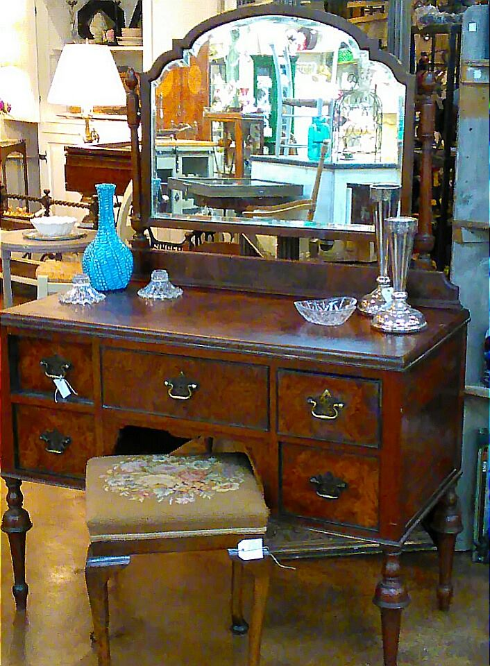 Style And Comfort Are Two Portions To Any Home Decor Equation Antiques More In La Porte TX Is A Leading Antique Boutique Carrying